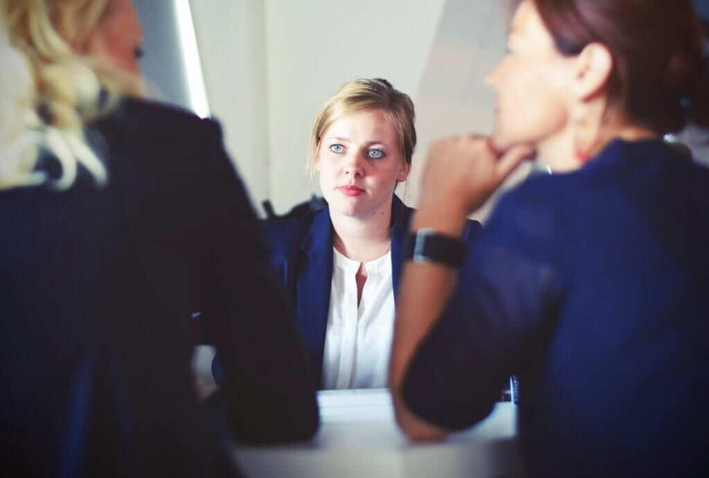 תרגום לעורכי דין: מה חשוב לדעת לפני שבוחרים חברת תרגום